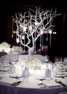 Bare is beautiful! Turn to nature for a décor element you're sure to love. Surround bare branches with candlelight or drape them with shimmering crystals and you've got instant winter wonderland!