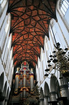 Go inside St Bavo church, Haarlem, Holland Leiden, Windmills In Amsterdam, Haarlem Netherlands, Place Of Worship, Beautiful Buildings, Belgium, Places To Travel, Dutch, Around The Worlds