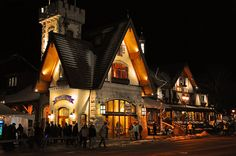 Castle Shops at the Bavarian Inn Restaurant, Frankenmuth, Michigan Saginaw Valley, Bay City Michigan, Frankenmuth Michigan, Birch Run, Places Ive Been, Places To Visit, German Village, Visit Usa, Across The Universe