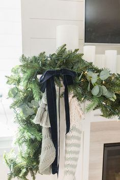 Christmas Mantel Garland I am loving the combination of Fir garlands with Eucalyptus. It definitely adds more interest than only using one type of greenery Christmas Mantel Garland Christmas Mantel Garland vvChristmas Mantel Garland Christmas Mantel Garland #ChristmasMantelGarland #MantelGarland