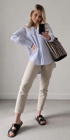 Mode Birkenstock, Bell Sleeves, Bell Sleeve Top, White Jeans, Pants, Tops, Women, Fashion, Trouser Pants