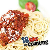 Quick Spaghetti with Cincinnati Chili - I saw this on tv... sounded like it might be good.