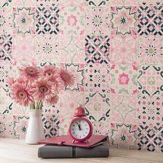 Carreaux de ciment rose pour salle de bain ou toilettes, trop jolie !