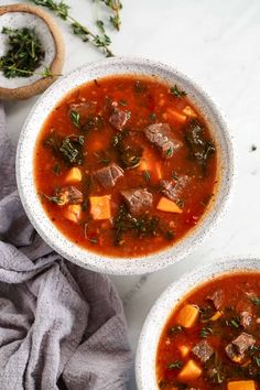 Instant Pot beef soup is just what you are craving on a winter evening. Hearty and filling with lots of nutritious veggies this one pan meal is ready in about 30 minutes. Paleo Recipes Easy, Whole 30 Recipes, Free Recipes, Paleo Menu Plan, Take A Meal, Sweet Potato Kale, Fitness Models, Sugar Free Bacon, Dinner Bowls