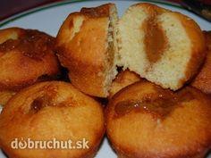 Karamelové hrnčekové muffiny - Používam 2,5 dl hrček. Zmiešame mlieko, olej, vajce v jednej miske. V druhej zmiešame múku, cukor, prášok... Czech Recipes, Pretzel Bites, French Toast, Cupcakes, Bread, Homemade, Vegetables, Breakfast, Bohemian