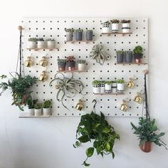 The best pegboard ideas to organize your craft room or office. Or, you can even create more garage storage. Best of all, don't miss the pegboard ideas to. Ikea Pegboard, Painted Pegboard, Pegboard Display, Display Shelves, Kitchen Pegboard, Display Ideas, Pegboard Garage, Garage Storage, Ikea Skadis