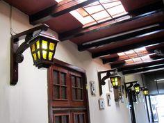 El Embrujo es un restaurante de comida criolla ubicado en Miraflores (Lima, Perú), su comida es altamente recomendable. The Embrujo restaurant is a traditional Peruvian restaurant situtated in Miraflores (Lima, Peru). It´s famous for its delicious food.  www.placeok.com