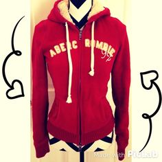 Abercrombie hoodie Very warm and comfy!! Good condition!! Tops Sweatshirts & Hoodies