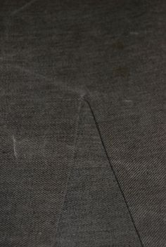 Machine Sewing an Inset Gore - #garb #tutorial