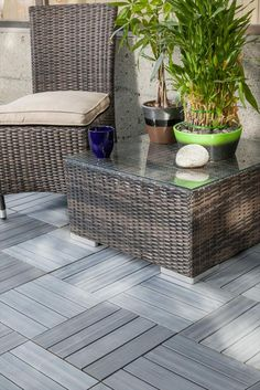 BuildDirect – Interlocking Deck Tiles - Composite QuickDeck Series – Driftwood - Outdoor View