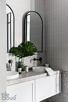 Bathroom Design Luxury, Modern Bathroom Decor, Bathroom Styling, Bathroom Renos, Laundry In Bathroom, Small Bathroom, Estilo Tropical, Terrazzo, Bathroom Inspiration