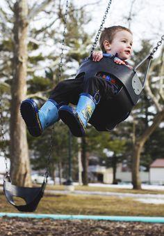 swinging. photographs. kids photography.