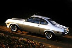 Vauxhall Firenza Droopsnoot Retro Cars, Vintage Cars, Chrysler Crossfire, Classic Cars British, Car Brands, Amazing Cars, Old Cars, Motor Car, Cars And Motorcycles