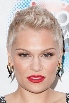 Short hair for women 2013 Jessie J photo - 5
