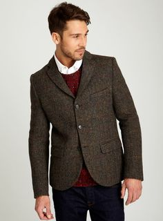Office Style (Him): Wear a tweed blazer with dark denim and a cosy knit for maximum impact on winter Casual Fridays!