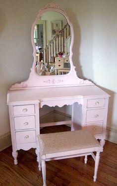 Vintage Pink Vanity with Mirror