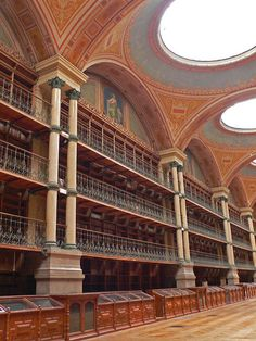 Ancienne bibliothèque municipale de Grenoble (Isère, France)  http://www.pinterest.com/adisavoiaditrev/