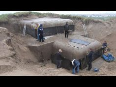 History Discover 15 Scariest Archaeological Discoveries Found On Earth! Underground Shelter, Underground Homes, Abandoned Cars, Abandoned Places, Abandoned Ships, Green Magic Homes, Doomsday Bunker, Ww2 Weapons, Recent Discoveries
