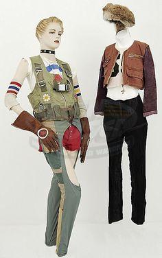 Tank Girl movie outfits for Tank Girl (Lori Petty) & Jet Girl (Naomi Watts)! Cool Costumes, Halloween Costumes, Halloween Ideas, Tank Girl Cosplay, Tank Girl Comic, Lori Petty, Jet Girl, Teen Girl Fashion, Cyberpunk Fashion