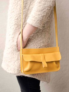 Webshop - Keecie Keecie Stylish and comfortable shoulderbag for every day. Yellow