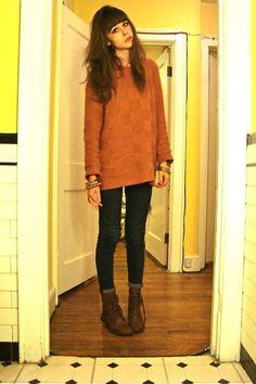 Long sweater, skinny jeans