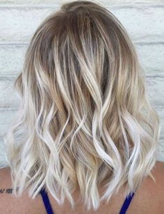 50 Gorgeous Balayage Hair Color Ideas for Blonde Short Straight Hair, Short straight hair is perfect for these 50 gorgeous balayage hair color ideas below. Short hair balayage is one of the modern hair color techniques t. Frontal Hairstyles, Wig Hairstyles, Straight Hairstyles, Beach Hairstyles, Hairstyle Short, Spring Hairstyles, Funky Hairstyles, Short Haircuts, Hairstyle Ideas