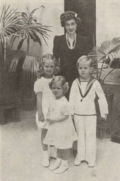 Queen Frederika of Greece with her children, including Sophie ( future Queen of Spain )