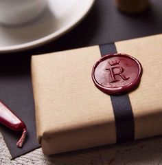 I have always wanted to use a wax seal to send letters! Personalised Crown Monogram Wax Seal Stamp by SophiaVictoriaJoy, Wrapping Gift, Christmas Gift Wrapping, Wax Seal Stamp, Soap Packaging, Home Made Soap, Soap Making, Diy Gifts, Wraps, Homemade