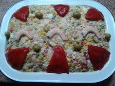 Ensaladilla verano Comensales: 8 Tiempo de elaboración: 60' Ingredientes 6 huevos frescos Sal gorda marina 4 papas grandes 4 zanahorias...