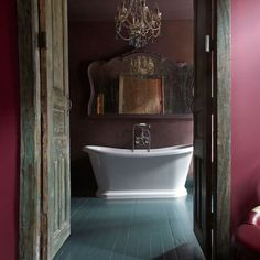 Moody Bathroom - Featuring an old United, replaced now with the St. Versailles.