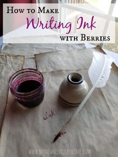 How to Make Writing Ink from Berries - My New Kentucky Home Diy Arts And Crafts, Paper Crafts, Diy Crafts, Crafts For Kids, Natural Dye Fabric, Natural Dyeing, How To Make Ink, Tinta Natural, Experiment