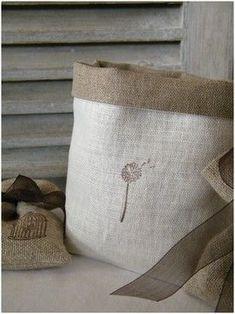 Linen bags or burlap iron on transfer Burlap Projects, Burlap Crafts, Sacs Tote Bags, Sewing Crafts, Sewing Projects, Burlap Bags, Hessian, Bordados E Cia, Couture Sewing