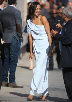 Zoe Saldana Jumpsuit is 😍👌