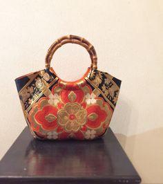 Image gallery – Page 438608451193334495 – Artofit Japan Bag, Ethnic Bag, Carpet Bag, Kimono Fabric, Patchwork Bags, Printed Bags, Cloth Bags, Handmade Bags, Purses And Handbags