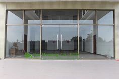 China manufacturer commercial exterior commercial frameless glass doors for Apartment, 12mm tempered glass, Mordern glass door