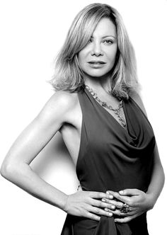 Cecilia Roth (Buenos Aires, 8 de agosto de 1956), actriz.