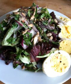 Mixed Greens & Fresh Herb Salad w/ Nuts, Seeds & Hard-Boiled Eggs | The Thin Twin #paleo