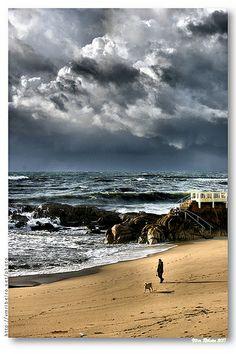 VILA DO CONDE (Portugal): Praia das Caxinas. A storm is coming...