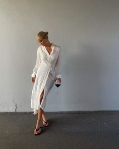 Wrap Shirt, Sandal, Normcore, Shirt Dress, Photo And Video, Chic, Videos, Frame, Pretty