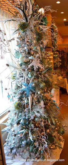 Christmas Decorating Tips from a Designer - Worthing Court