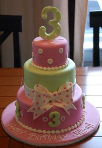 three-year-old-birthday by Amanda Oakleaf Cakes, via Flickr
