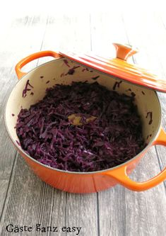 red cabbage as from grandma - Homemade red cabbage like from grandma Guests very easy! -Homemade red cabbage as from grandma - Homemade red cabbage like from grandma Guests very easy! Healthy Potato Recipes, Easy Salads, Healthy Salad Recipes, Healthy Snacks, Vegetarian Recipes, Barbecue Recipes, Beef Recipes, Cooking Recipes, Benefits Of Potatoes