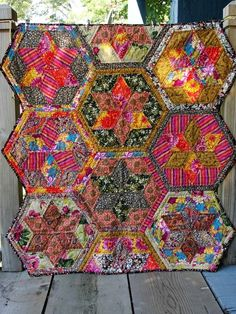 this is just beautiful quilt!!