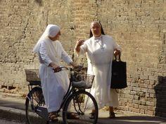 nuns, Bologna, Italy, early September 2010