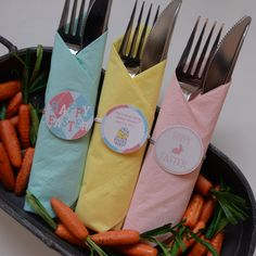Bundle cutlery with one easy pull. No cutting or gluing. Check out www.napkinknots.com.