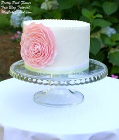 Learn to make this beautiful pink flower in MyCakeSchool.com's free blog tutorial.