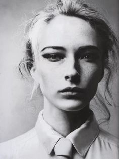 Vogue Italia December 2005  #fashion #photography #editorial