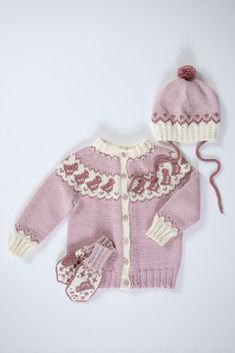 Knitted Flowers, Crochet Flower Patterns, Baby Knitting Patterns, Drops Design, Knitting For Kids, Hand Knitting, Crochet Bikini, Knit Crochet, Drops Baby