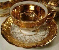 RUSSIAN GOLD TEA WARE