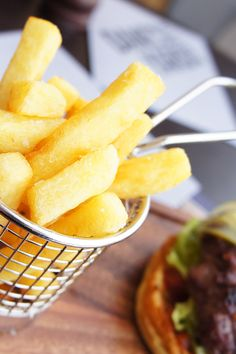 Dane's Yard Kitchen Review - Chips